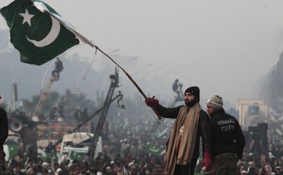 pakistan military democracy
